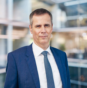 Dr Alexander Vogel